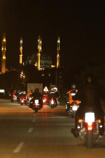 MOTO NOTTE ISTANBUL